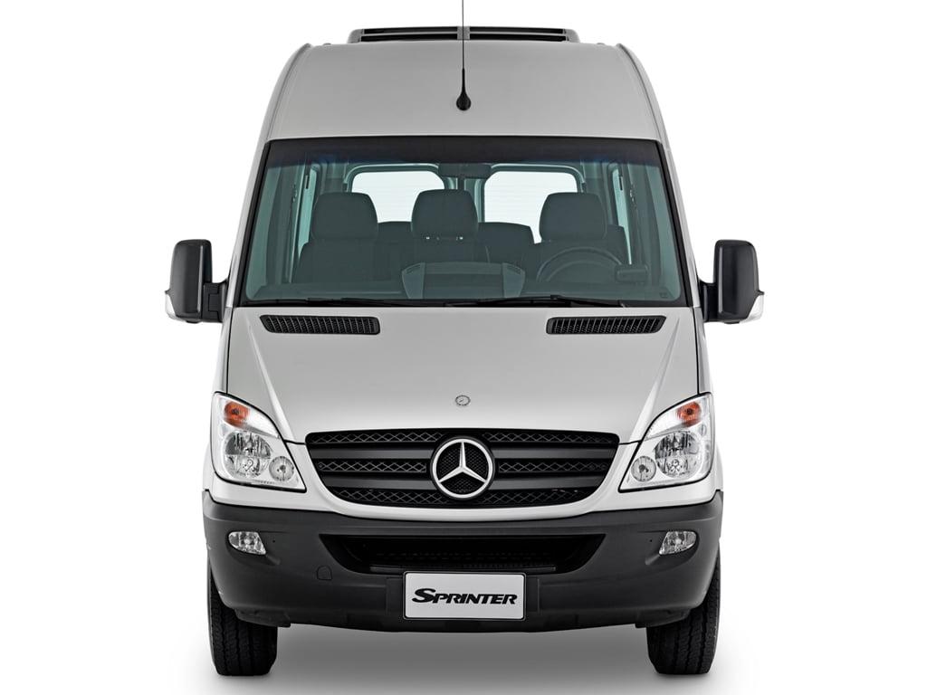 Visão frontal - Van Sprinter 415